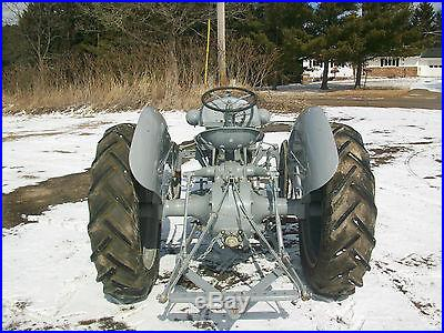 1940 Ford 9-N Antique Tractor NO RESERVE Aluminnum Grill Very NICE Step Up Trans