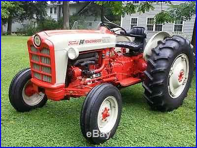 1958 Ford Tractor, 841 Powermaster