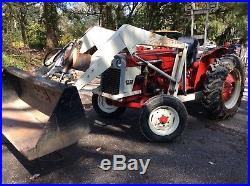 1964 IH 424 Loader with attachments