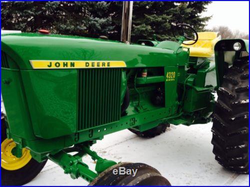1972 John Deere 4320