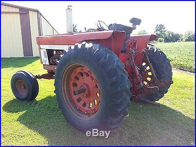 1974 IH Farmall 966 Tractor