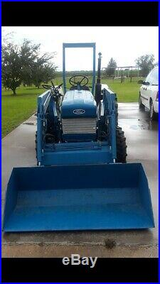 1986 Ford 1910 4x4 Tractor With Front-end Loader