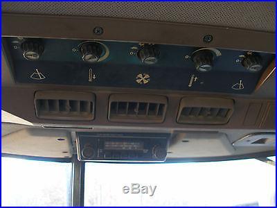 1991 JOHN DEERE 2955 4 X 4 CAB LOADER TRACTOR