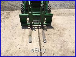 2001 John Deere 4700 Compact Tractor With Frontend Loader and Backhoe