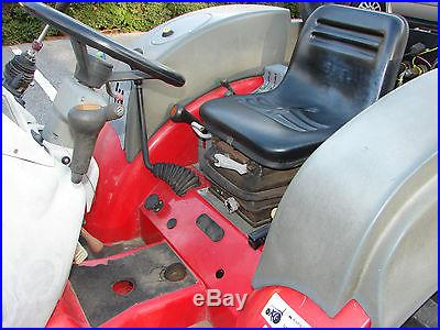 2006 McCormick GX50 with Loader