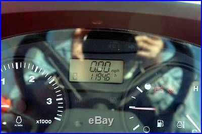 2007 KUBOTA M7040 4X4 TRACTOR