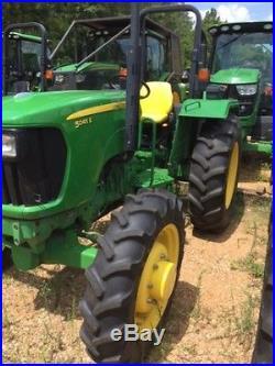 2014 John Deere 5045E Tractors