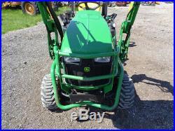 2016 John Deere 1025R Tractor, H120 Loader, 260BH Backhoe, Hydro, 272 Hours
