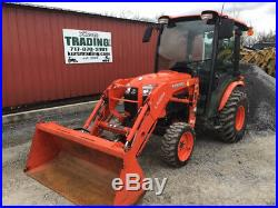 2016 Kubota B3350 4x4 Hydro Compact Tractor with Cab & Loader Only 700 Hours