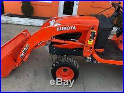2017 Kubota BX 25D SuperLow hrs with front loader and Backhoe, work lights