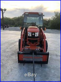2017 Kubota Tractor L3560 HSTC withLoader & Cutter (Low Hours) Mint Condition