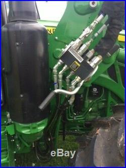 2018 John Deere 5125R 4x4 Tractor