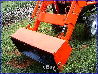 Allis Chalmers 25 HP 4WD Compact Diesel Tractor with Front end loader LOW RES