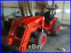 Barely Used Tractor! 2017 Kioti CK4010 HST with Loader, 4x4, Only 158 Hours