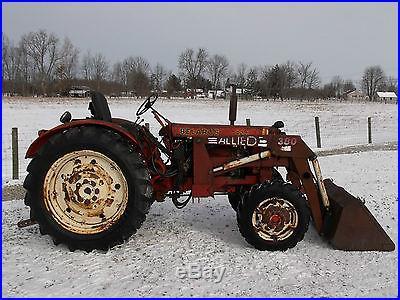 Belarus model 420 Tractor & Front Loader -4x4