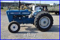 Ford 2000 tractor 3cyl gas good basic tractor