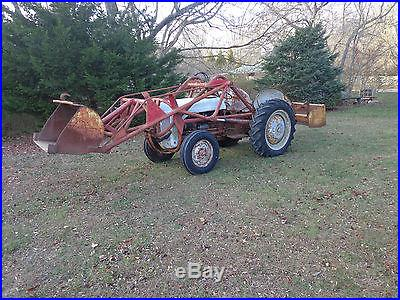 Ford 8n with bucket loader and grading box