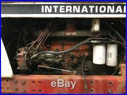 International 1086 Tractor 7900 Hours