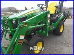 JOHN DEERE 1025R 4WD TRACTOR LOADER BACKHOE HYDRO 2016 With 41HRS MINT