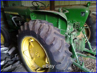 JOHN DEERE 2010 TRACTOR, 3 POINT HITCH, PTO, GAS 4 CYL, HYDRAULIC ATTACHMENT