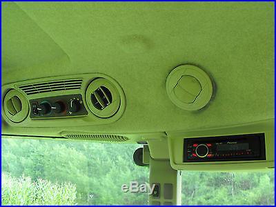 JOHN DEERE 5085M MFWD CAB TRACTOR W/563SL LOADER, 85 IN. BUCKET