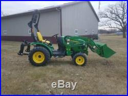 John Deere 2025R diesel 4X4 COMPACT TRACTOR with H 130 LOADER