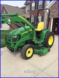 John Deere 3320 4X4/W loader & mower