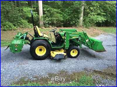 John Deere 4100 4-Wheel Drive Compact Tractor