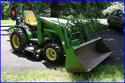 John Deere 4110 Compact Tractor with 61in. Bucket