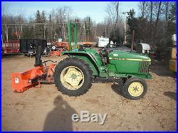 John Deere 870 Compact Tractor