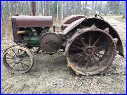 John Deere D Tractor 1930 on full steel