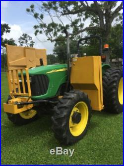 John Deere Tractor model 5525