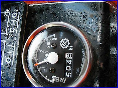 KUBOTA 504 HOURS DIESEL B8200 4X4 MANUAL BF300a LOADER COMPACT TRACTOR SNOWPLOW