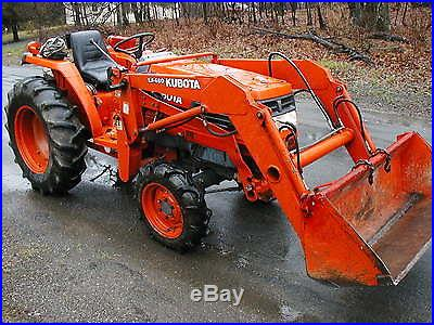 KUBOTA L3300 4X4 HYDROSTATIC COMPACT LOADER TRACTOR 33 HP DIESEL 1200 HRS