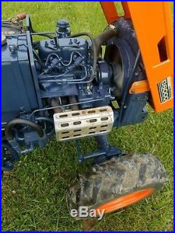 Kubota 4WD tractor B6000 diesel 2 cylinder With Rear blade 3 point hitch NICE