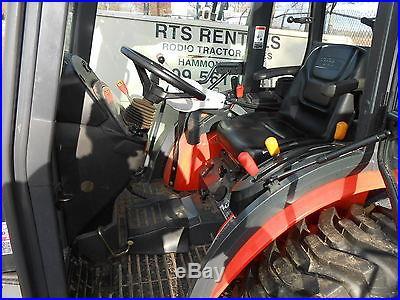 Kubota B3030HSDC Cab Tractor