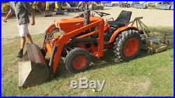 Kubota B6001 Compact Loader Tractor With Cutter