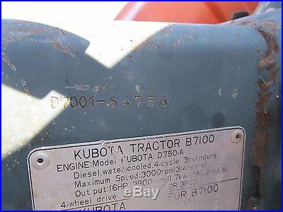 Kubota B7100 4x4 Compact Tractor w/ Loader