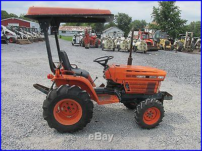 Kubota B7200 4x4 Compact Tractor w/ Canopy