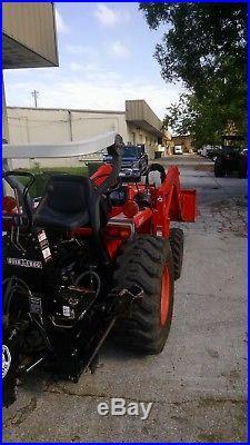 Kubota L2800HST. Loader/backhoe Tractor Hydrastatic 4x4