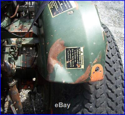 Kubota L 275 4 Wheel Drive Tractor with Loader Bucket