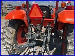 Kubota M5640 tractor