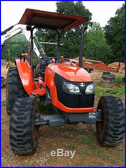 Kubota M7040 SU Tractor