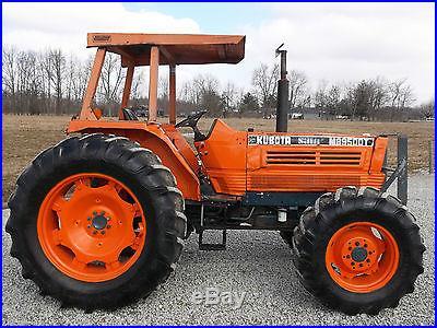 Kubota M8950 Tractor 4x4 Diesel