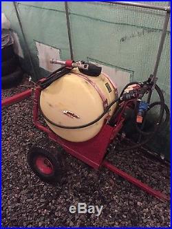 Kubota b2150 backhoe loader