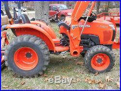 L2501 Kubota 4wd HST Tractor/Loader/Trailer/ BushHog/ Boxblade/Tiedowns
