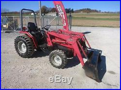 MASSEY FERGUSON 1428V 4x4 TRACTOR With1244 LOADER, GEAR TRANS, 28 HP, 1426 HOURS