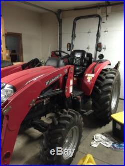 Mahindra 4035 Tractor Loader Backhoe