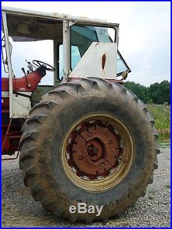 NICE! 1969 I. H. 856 diesel farm tractor