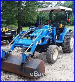 New holland tractor TC35A 4x4 loader